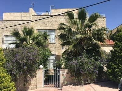 5 Bedroom Villa for Rent in Abdun, Amman - Photo