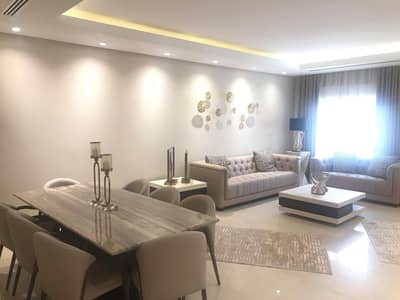 فیلا 20 غرف نوم للبيع في الكرسي، عمان - تملك فيلا سكنية فاخرة في اجمل مناطق عمان حي الكرسي