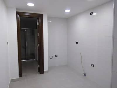 فلیٹ 4 غرف نوم للبيع في شارع المطار، عمان - Photo