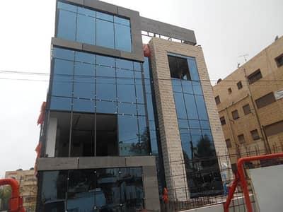 مجمع تجاري  للايجار في أم أذينة، عمان - مبنى تجاري 1400 متر مربع للايجار في ام اذينة