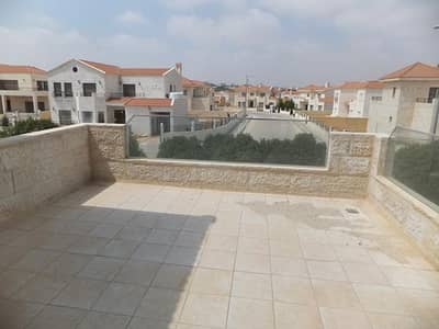 5 Bedroom Villa for Rent in Madaba - Photo