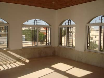 فلیٹ 4 غرف نوم للايجار في الدوار السابع، عمان - Photo