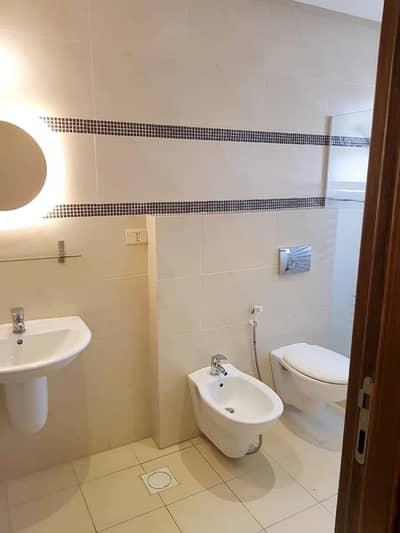 فلیٹ 2 غرفة نوم للايجار في أم أذينة، عمان - شقه مودرن مفروشه لإيجار في ارقى مناطق ام اذينه