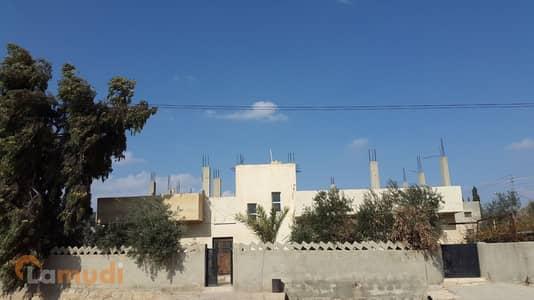 5 Bedroom Villa for Sale in Madaba - Image 1