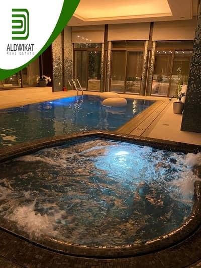 فیلا 6 غرف نوم للبيع في الظهير، عمان - قصر فخم مفروش للبيع في الظهير مساحة البناء 1850 م2 مساحة الارض 1100 م2