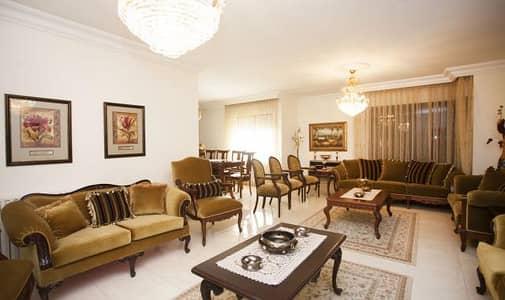 فیلا 4 غرف نوم للبيع في صويلح، عمان - Photo