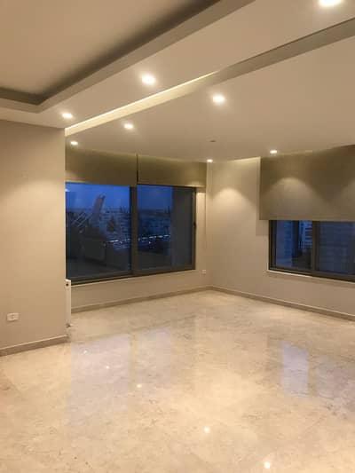 فلیٹ 3 غرف نوم للايجار في الدوار الرابع، عمان - Semi-furnished apartment in 4th Circle for rent