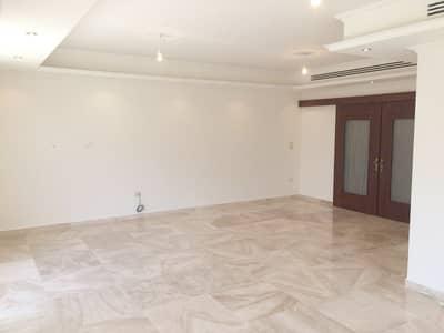 فلیٹ 4 غرف نوم للبيع في دير غبار، عمان - شقة طابق أول للبيع في دير غبار | 250 م2