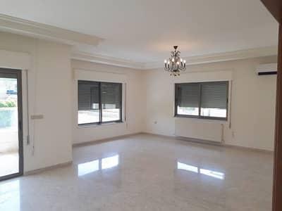 فلیٹ 4 غرف نوم للايجار في جبل عمان، عمان - شقة طابقية للايجار في جبل عمان بمساحة 350 م2
