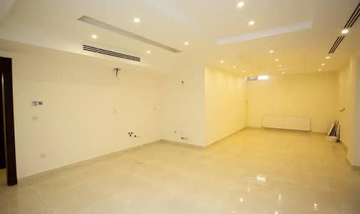 3 Bedroom Flat for Sale in Jabal Amman, Amman - شقة طابق ارضي دوبليكس للبيع في اجمل مناطق جبل عمان مساحة 335 م2