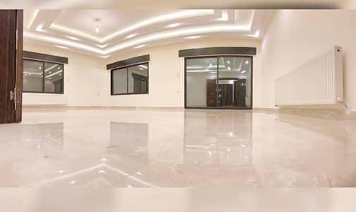 3 Bedroom Flat for Sale in Al Kursi, Amman - شقة طابق ارضي مميزة للبيع في اجمل احياء الكرسي مساحة 190 متر