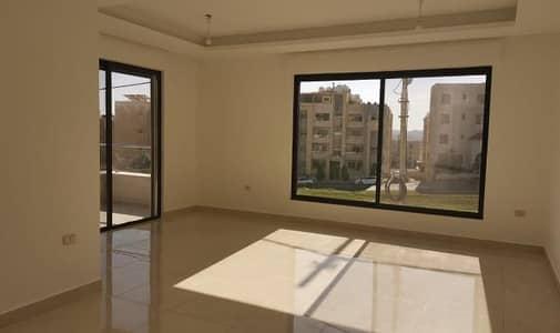 3 Bedroom Flat for Sale in Al Rawnaq, Amman - شقة طابق رابع مع روف فاخر للبيع في اجمل مناطق حي الرونق
