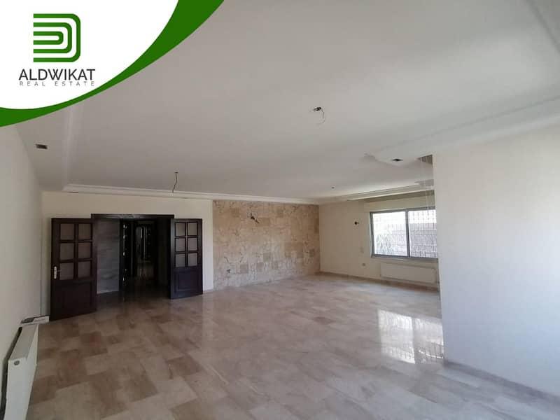 شقة طابق اول للبيع في الرابية | 303م2