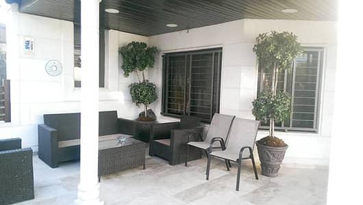 فلیٹ 4 غرف نوم للبيع في الرابية، عمان - شقة ارضية للبيع في الرابية مع ترس كبير