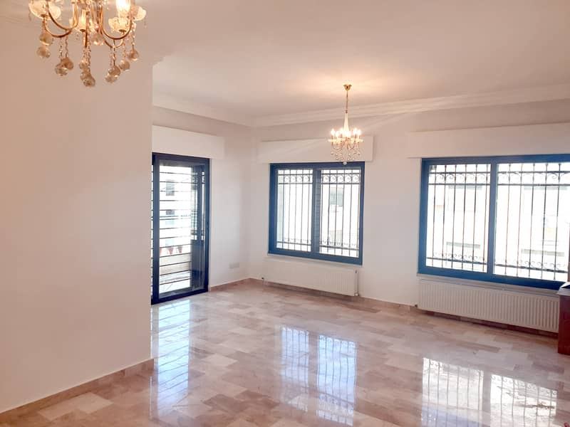 Empty apartment for rent in Rabyeh | 3 BR