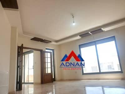 فلیٹ 3 غرف نوم للبيع في الرابية، عمان - شقة مع روف للبيع في الرابية | 182 م2