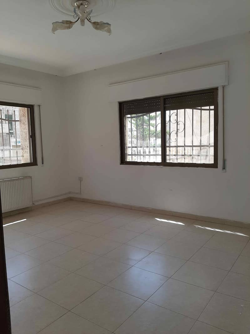 Ground floor apartment 200 SQM separate entrance for sale | Gardens