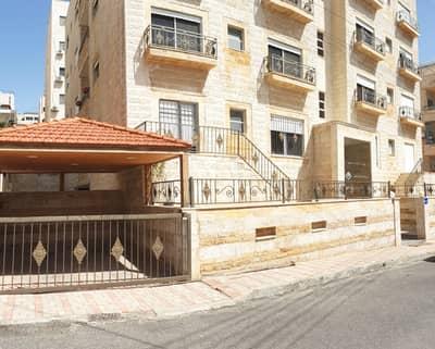 فلیٹ 2 غرفة نوم للايجار في أم أذينة، عمان - شقة ارضية مع تراس فارغه للايجار | ام اذينة