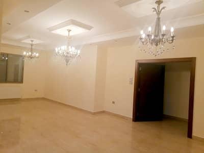 فلیٹ 4 غرف نوم للايجار في عبدون، عمان - للإيجار شقة طابقية في عبدون | 4 نوم