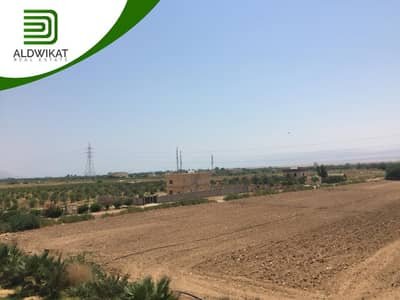 Residential Land for Sale in Airport Road, Amman - Lands for sale in the most beautiful area behind Al-Zaytoonah University Airport Road. Areas start from 750 m 2 to 960 m 2