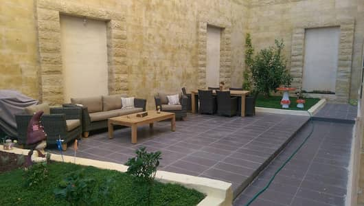 3 Bedroom Flat for Rent in 4th Circle, Amman - Furnished Apartment For rent in 4th Circle