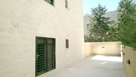 فلیٹ 3 غرف نوم للبيع في الدوار السابع، عمان - شقة أرضية للبيع مع تراسات قرب الدوار السابع
