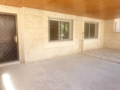 3 Bedroom Flat for Rent in Um Al Summaq, Amman - شقه ارضيه فارغه للايجار في ام السماق