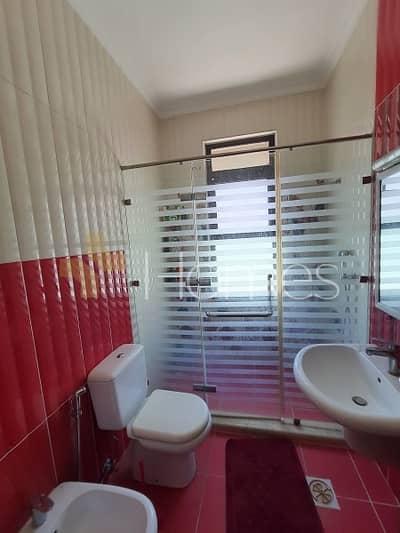 فیلا 10 غرف نوم للايجار في الحمر، عمان - Photo