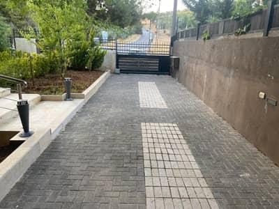 فیلا 4 غرف نوم للبيع في بدر الجديدة، عمان - فيلا متلاصقة مع حديقة وترسات للبيع في أجمل مناطق بدر، مساحة بناء 375 م