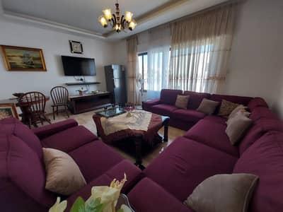فلیٹ 2 غرفة نوم للايجار في دير غبار، عمان - شقة طابق أخير مفروشة للإيجار في أجمل مناطق عمان - دير غبار، مساحة بناء 100 م