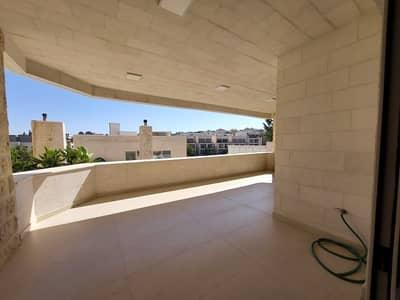 4 Bedroom Flat for Rent in Abdun, Amman - شقة حديثة لم تسكن وبتشطيبات مميزة للايجار في عبدون، مساحة بناء 420 م