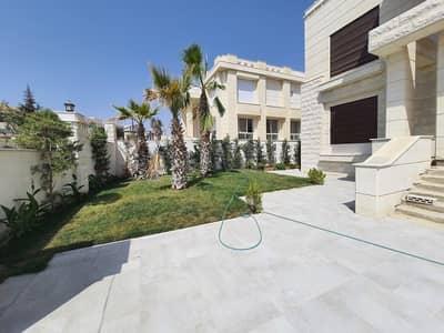 4 Bedroom Villa for Sale in Marj Al Hamam, Amman - فيلا مستقلة مع مسبح للبيع في اجمل مناطق مرج الحمام، مساحة بناء 1300 م