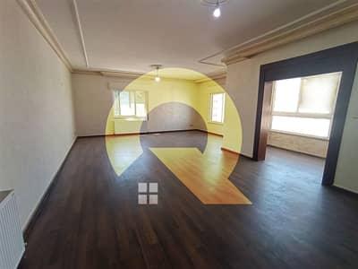 فلیٹ 3 غرف نوم للايجار في وادي صقرة، عمان - شقه مميزه للايجار في اجمل مناطق وادي صقره مساحتها 200م