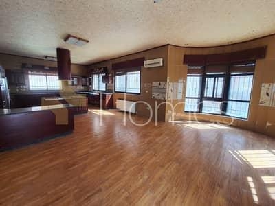 13 Bedroom Villa for Sale in Khalda, Amman - Photo