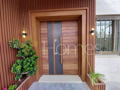 3 Bedroom Flat for Sale in Dair Ghbar, Amman - شقة ارضية مع ترس لم تسكن للبيع في دير غبار، مساحة بناء 185 م
