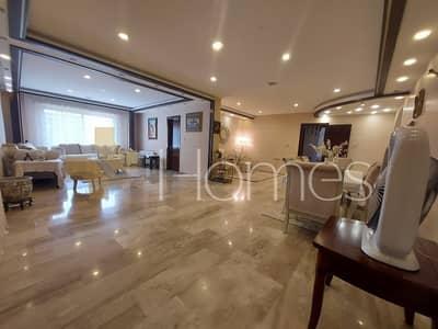 فلیٹ 3 غرف نوم للبيع في دابوق، عمان - شقة مفروشة مع ترس للبيع في دابوق، مساحة بناء 325 م