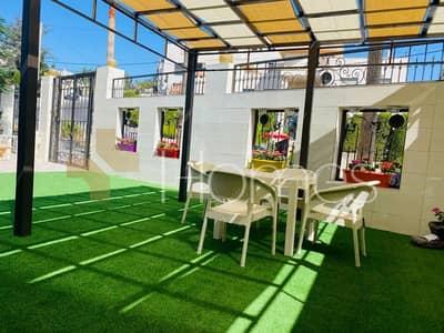 فیلا 5 غرف نوم للايجار في عبدون، عمان - فيلا متلاصقة مفروشة مع مساحة خارجية للايجار في عبدون، مساحة ارض 560 م