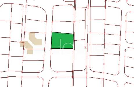 ارض سكنية  للبيع في الصوالحة، السلط - ارض سكنية تصلح لفيلا او قصر للبيع في عمان - الكمالية بمساحة 1760 م