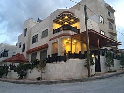 فیلا 4 غرفة نوم للبيع في طبربور، عمان - Photo