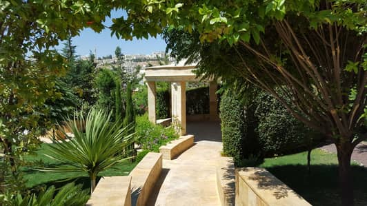 5 Bedroom Villa for Sale in Al Jubaiha, Amman - Photo