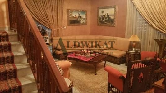 فیلا 6 غرف نوم للبيع في شارع الجامعة، عمان - Photo
