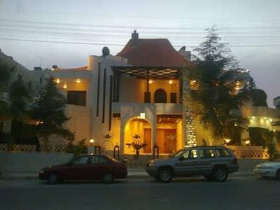فیلا 4 غرف نوم للايجار في عبدون، عمان - Photo